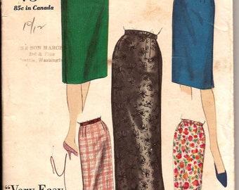 Vintage 1960s  Slim Pencil Skirt Pattern Vogue 5970 / Waist 28 Hip 38