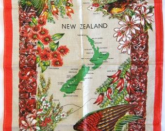 Vintage Linen Tea Towel - Map of New Zealand Souvenir - Bird Wall Hanging - Red Kitchen Decor - World Travel Art Print - Unused Tea Towel