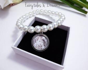 Glass Pearl Photo Bracelet, Memorial Bracelet , Stretch Bracelet, Bridesmaid Gift, Photo Jewellery, Beaded glass bracelet, 16mm Photo , UK