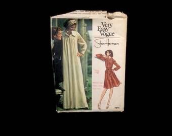 Vintage Vogue Sewing Pattern Uncut No 2975 Dress Stan Herman Size 10