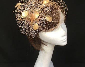 Peach fascinator, Peach hat, mother of the bride, Summer wedding, wedding hat, veiled hat, bespoke design