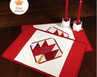 Red Maple Leaf Quilted Placemats, Canada 150 Quilted Place Mats, Red and Cream Placemats, Pair of Quilted Placemats, Place Mat Quilts
