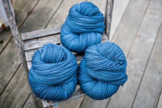 Hand Dyed Targhee Wool Worsted Weight Yarn