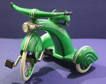 Vintage 1995 Murray Hallmark Classic Kiddie car -1936 Streamline Velocipede - ornament collectible .