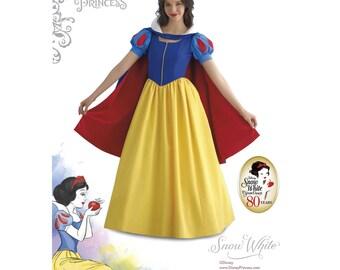 8489, Simplicity Disney Women's, Snow White, Disney Princess, Vintage Dress, Disney Princess, Gown, Dress Up, Seven Dwarfs, Princess Gown