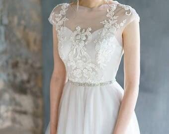 VIRINEA//tulle wedding dress with embroidery top / Bohemian wedding dress hand embroidery short sleeves wedding dress tulle skirt