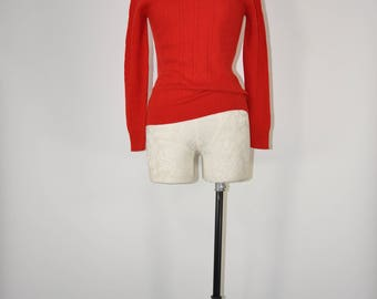70s cashmere sweater / 1990s cherry red pullover / vintage cable knit top