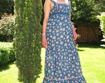 Vintage Blue Floral Cotton Prairie Maxi Sleeveless Sundress Medium