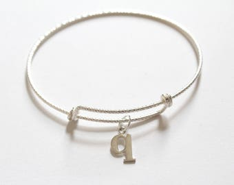 Sterling Silver Bracelet with Sterling Silver Typewriter Q Letter Charm, Bracelet with Silver Letter Q Pendant, Initial Q Charm Bracelet, Q