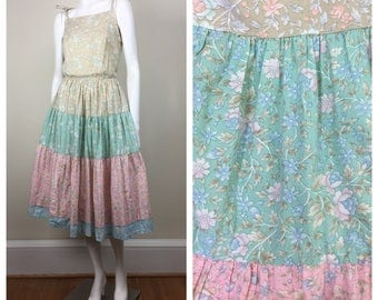 pastel floral prarie shoulder tie sundress w/ tiered peasant skirt 70s