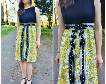 1960s Dress / Vintage Daisy Floral Print Yellow Sleeveless XS Black Flower Knee Length Shift Dress w/ Ribbon Trim