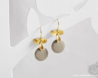 Ich bin Luxus - 'Emaille for YOU petit - greige' orchid earrings