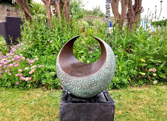 Curvation-medium,  contemporary bronze sculpture, garden sculpture, indoor sculpture, garden art, modern, abstract, Kara Sanches