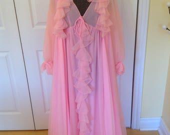 Vintage 1970's Linda Lingerie Pink Chiffon Peignoir set- medium, glamorous, lovely, exceptional!