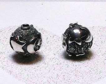 20% OFF SALE Bali Sterling Silver 10mm Round Moon and Stars Focal Bead #1176 - (1)