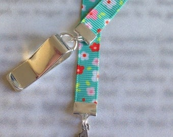 Mom Bookmark / #1 Mom Bookmark / I Love Mom Bookmark - Attach to book cover then mark the page with the ribbon. Never lose your bookmark!