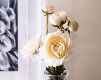 2pcs Ivory Ranunculus Silk Flower Silk Flowers for DIY Wedding Bridal Bouquet Boutonniere Corsage