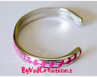 Silver covered with fuchsia suede leather and silver bracelet