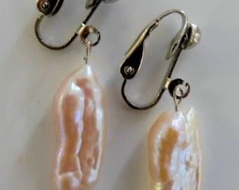 Clip on earrings-pink earrings-pearl earrings-gemstone earrings-semi precious earrings-handcrafted-one off-pearls-freshwater pearls