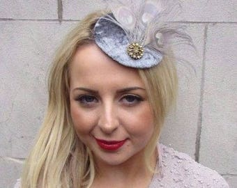 Grey Gold Velvet Feather Pillbox Hat Fascinator Hair Clip Races Vintage 3268