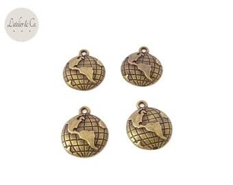 4 Breloques globe monde 16x13mm métal bronze / Voyage-B16