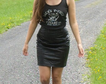 Vintage 1980s, High Waisted, Black Leather Pencil Skirt!