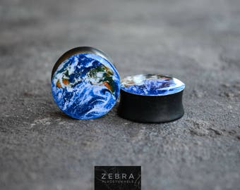 Pair plugs Earth planet image ear wood tunnels 4,5,6,8,10,11,12,14,16,18,25-60mm;6g,4g,2g,0g,00g;1/4,5/16,3/8,1/2,9/16,5/8,3/4,7/8,1 1/4,1""