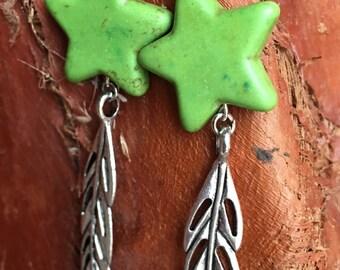 Star Leaf Earrings. Howlite Bead Star Earrings. Long Leaf Earring. Green Earrings. Antique Silver Earrings.