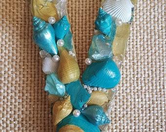 Seashell Letter Beach Decor- Beach Wedding- Gift-Coastal Decor- Mermaid Treasures