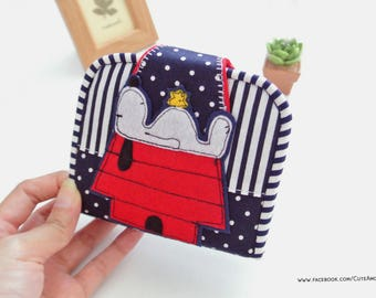 Snoopy Mini Purse, Change Purse, Coin Wallet, Bi-fold Wallet, Coin Purse, Small Wallet, Magnetic Closure - Made to Order