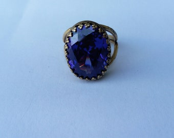fleur de lis purple zirconium ring