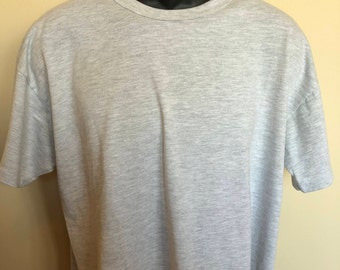 80s Russell Athletic Shirt Vintage Tee Plain Gray Crew Neck Everyday Retro Classic 100% Soft Thin Cotton Warm Comfy Made in USA Large