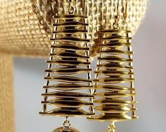 Drop & Dangle Earrings, Statement Piece, Wedding Earrings, Bridemaid Earrings, Green Earrings, Black Earrings, White Earrings, Blue Earrings