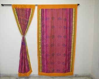 GIFT Indian quilt Hippy curtain Cotton Indian curtain Boho curtain gypsy curtain partition room divider recycled vintage BohemiancurtainQC52