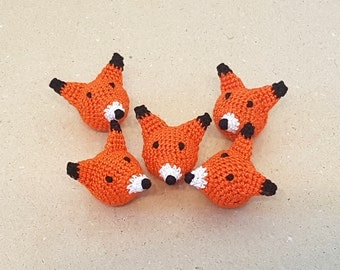 Fox bead Crochet animal beads Fox pendant Crochet Fox Wooden bead Fox head Animal Wooden Teething beads Motif bead Fox charm Amigurumi fox