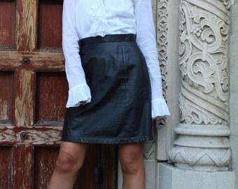 leather black a-line 90's mini skirt / S