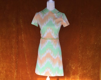 Vintage 1960s Mod Orange & Mint Womens Short Sleeve Dress