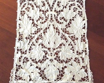 Antique Linen Table Runner Richelieu Cutwork Hand Embroidery 11 x 117 Vintage Table Linens