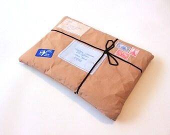 iPad Sleeve -Vintage mail parcel iPad Case - iPad cover