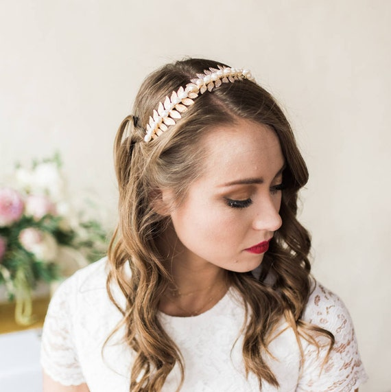 Bridal Headband, Wedding Accessory, Laurel Leaf Headband, Pearl Headband, Wedding Headband, Leaf Headband, Freshwater Pearl