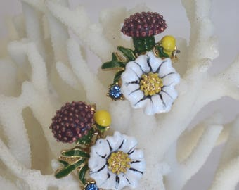 Summertime White Daisies n Burgundy Pom Pom Enameled Flowers Stud Earrings