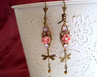 flower earring, dragonfly earring, rose earring, bijoux geisha earring, vintage inspired earring, antique bronze earring, boucles d'oreilles