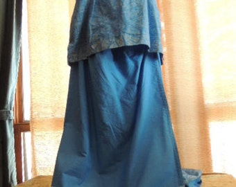 Polynesian Top and Skirt in Blue