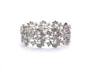Vine Stretch Cuff Bracelet ,Pearl and Crystal Bracelet. Wedding Bracelet, Rhinestone Bracelet,Crystal Bracelet, Floral bracelet, Silver