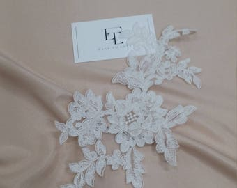 Ivory Lace applique, Ivory lace, French Chantilly lace applique, 3D lace, bridal applique, Applique M0052