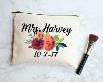 Fall Wedding, Fall Wedding Decor, Wedding Makeup Bag, Bride Makeup Bag, Fall Bridal Gift, Personalized Wedding Gift, Fall Bridal Shower Gift