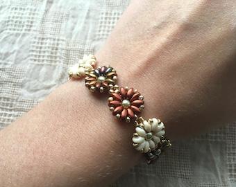 Beadwork Flower Bracelet - Boho Gift For Her - Daisy Chain Bracelet  - Everyday Jewelry - Dainty Bracelet - Gift For Girls - Gift For Teens
