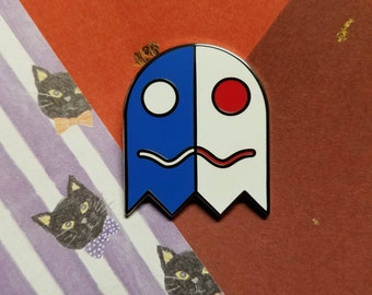 PAC MAN / Ms. PACMAN - Cute Blue Ghost /White Ghost Pin