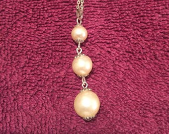 Vintage Costume Pearl Necklace w/Silver Chain