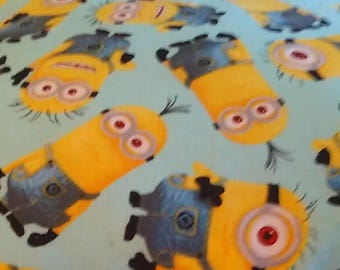 Minnion Throw Pillow Cover